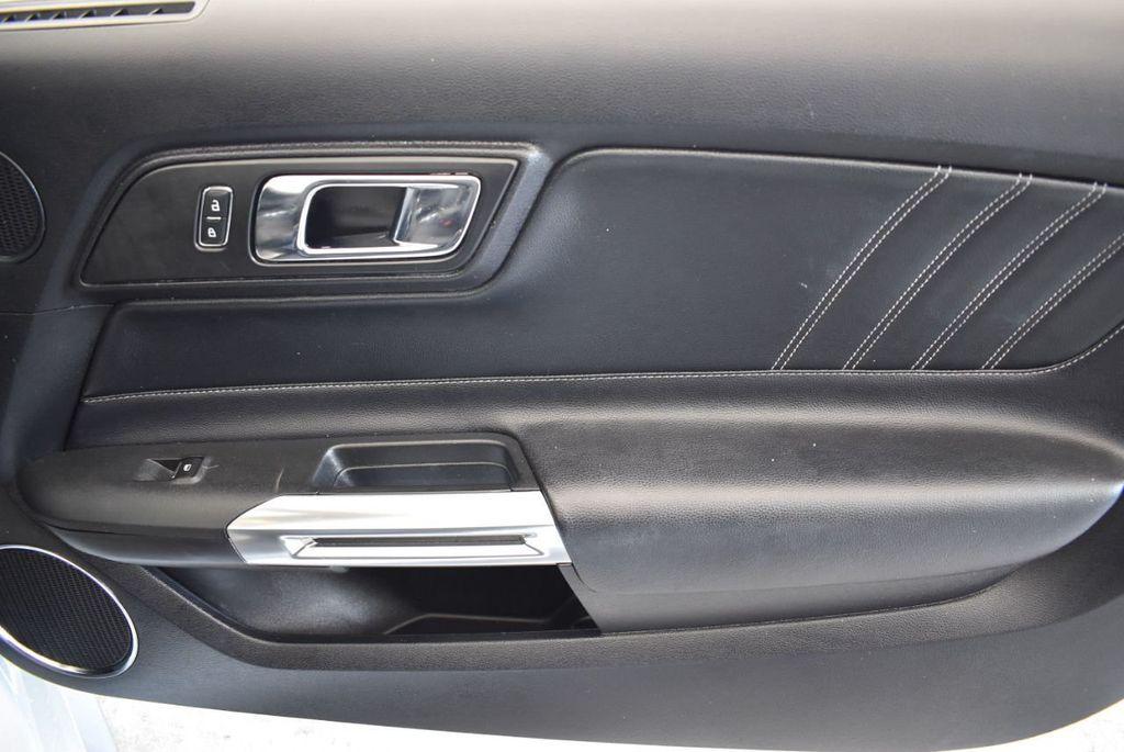 2017 Ford Mustang GT Premium Convertible - 17986921 - 22
