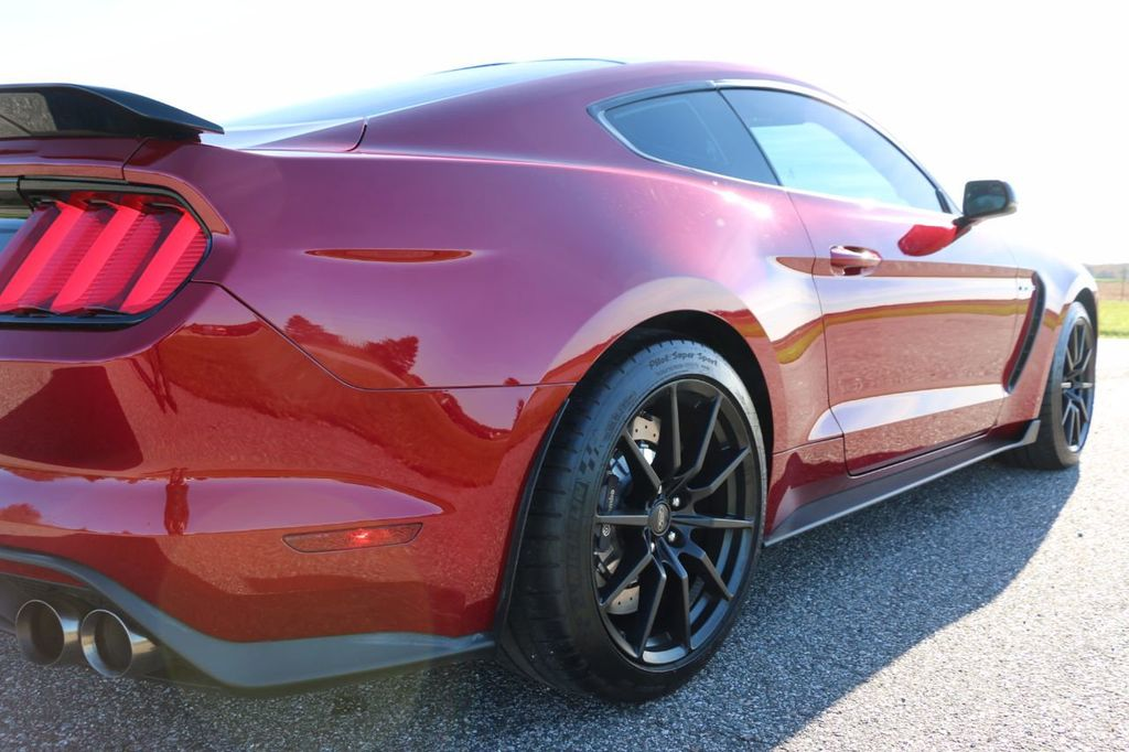 2017 Ford Mustang Shelby GT350 Fastback - 17036191 - 23