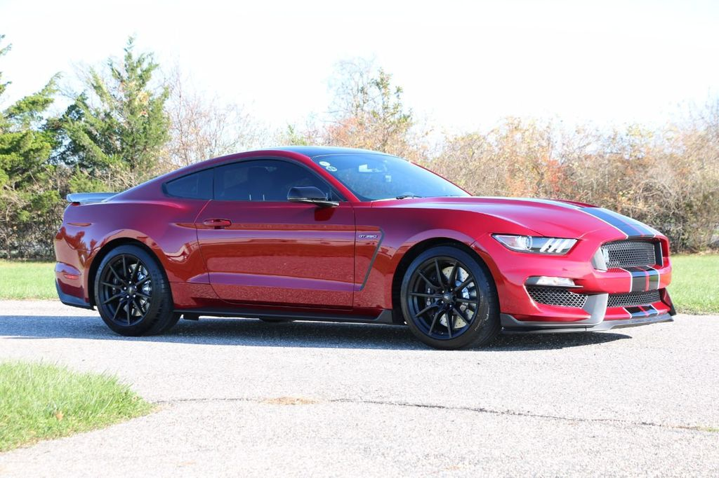 2017 Ford Mustang Shelby GT350 Fastback - 17036191 - 4