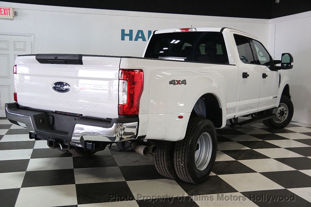 2017 Ford Super Duty F-350 DRW XLT 4WD Crew Cab 8' Box - 17267898 - 6