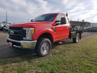 2017 Ford Super Duty F-350 SRW XLT 4WD Reg Cab 8' Box Truck