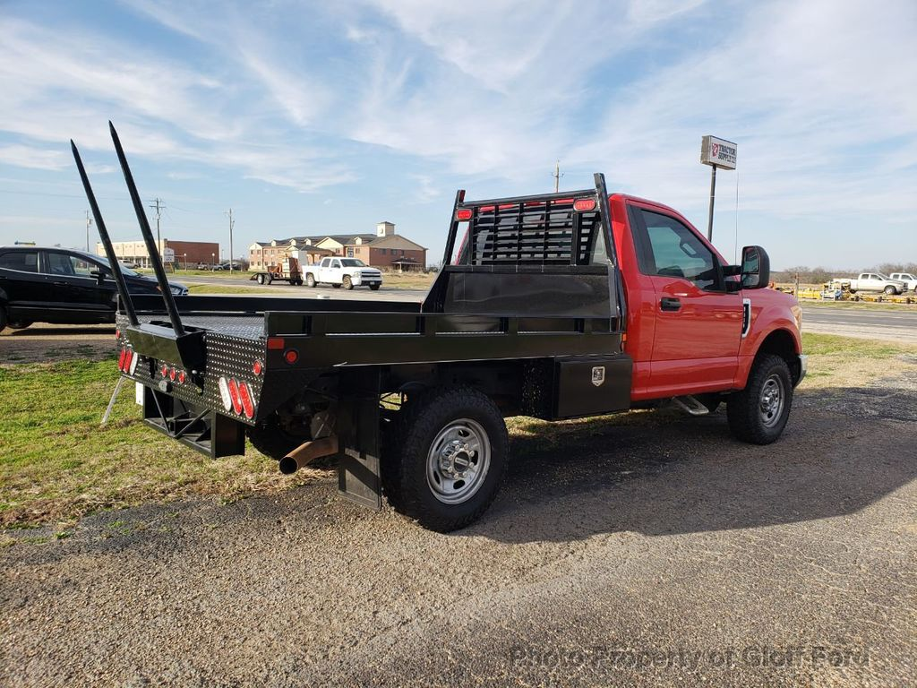 2017 Ford Super Duty F-350 SRW XLT 4WD Reg Cab 8' Box - 18524609 - 15