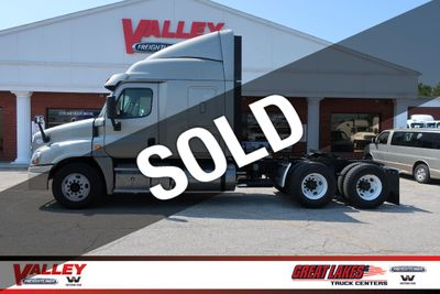 Used Freightliner Cascadia at Valley Freightliner Serving