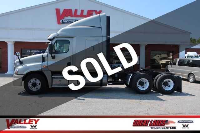 2017 Used Freightliner Cascadia DT12 / APU / EW4 at Valley Freightliner  Serving Parma, OH, IID 19037606