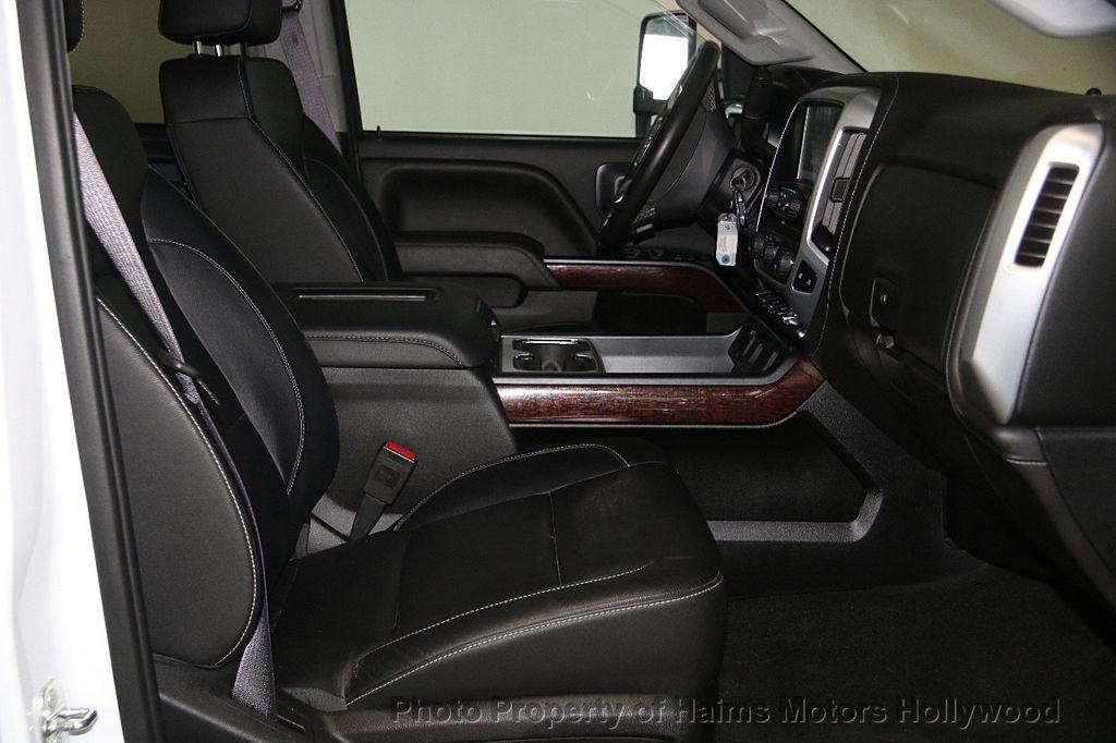 """2017 GMC Sierra 3500HD 2WD Crew Cab 167.7"""" SLT - 17220004 - 17"""