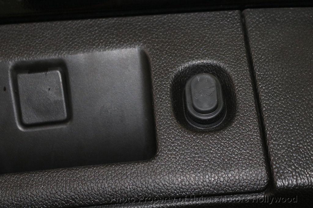 2017 GMC Yukon 2WD 4dr SLT - 18561387 - 10