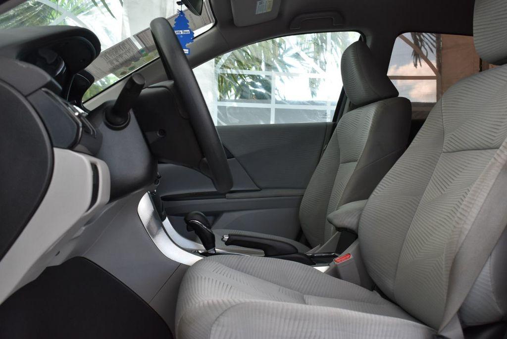 2017 Honda Accord Sedan LX CVT - 18663315 - 12