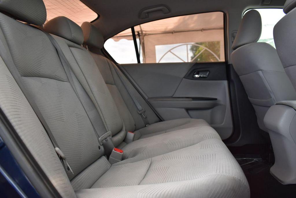 2017 Honda Accord Sedan LX CVT - 18663315 - 16