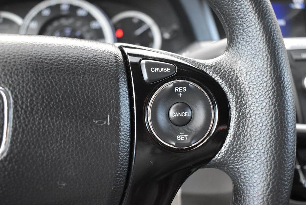 2017 Honda Accord Sedan LX CVT - 18663315 - 20