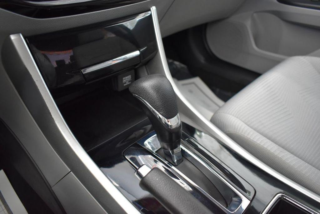 2017 Honda Accord Sedan LX CVT - 18663315 - 23