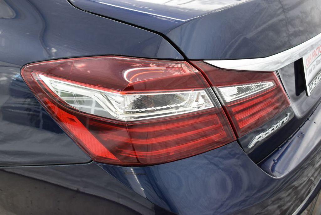 2017 Honda Accord Sedan LX CVT - 18663315 - 4