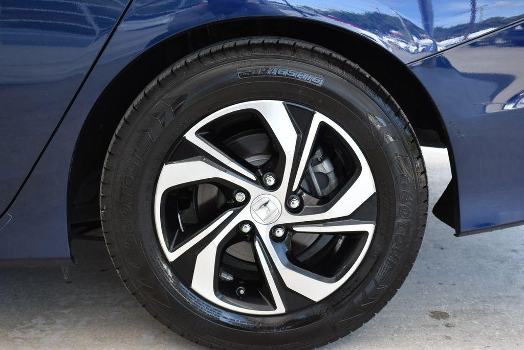 2017 Honda Accord Sedan LX CVT - 18663315 - 7
