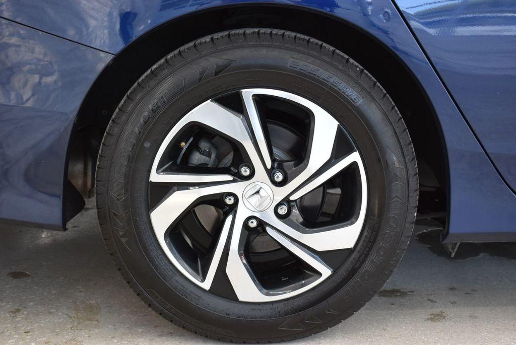 2017 Honda Accord Sedan LX CVT - 18663315 - 8