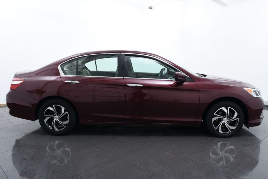 2017 Honda Accord Sedan LX CVT - 18423691 - 11