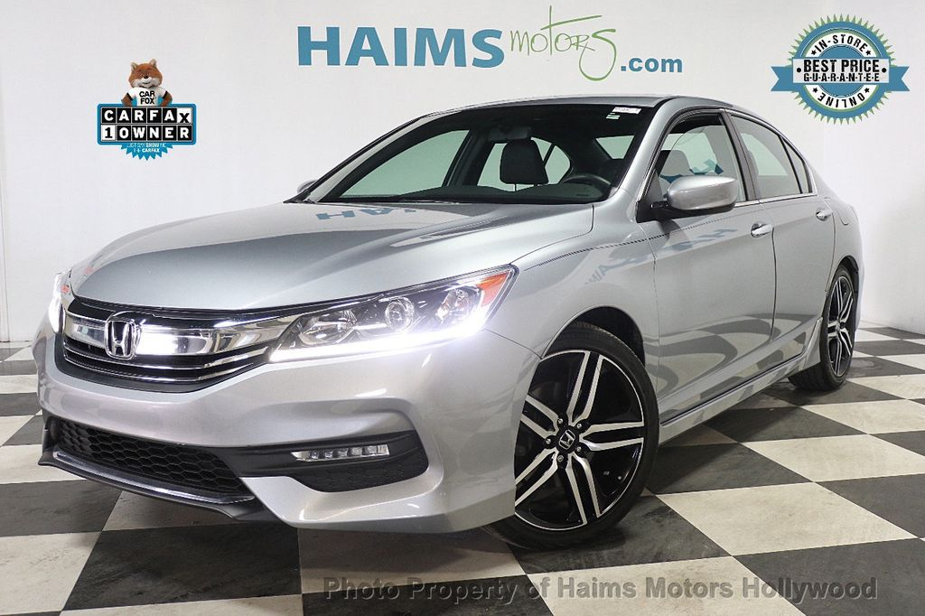 2017 Honda Accord Sedan Sport CVT - 17925329 - 0