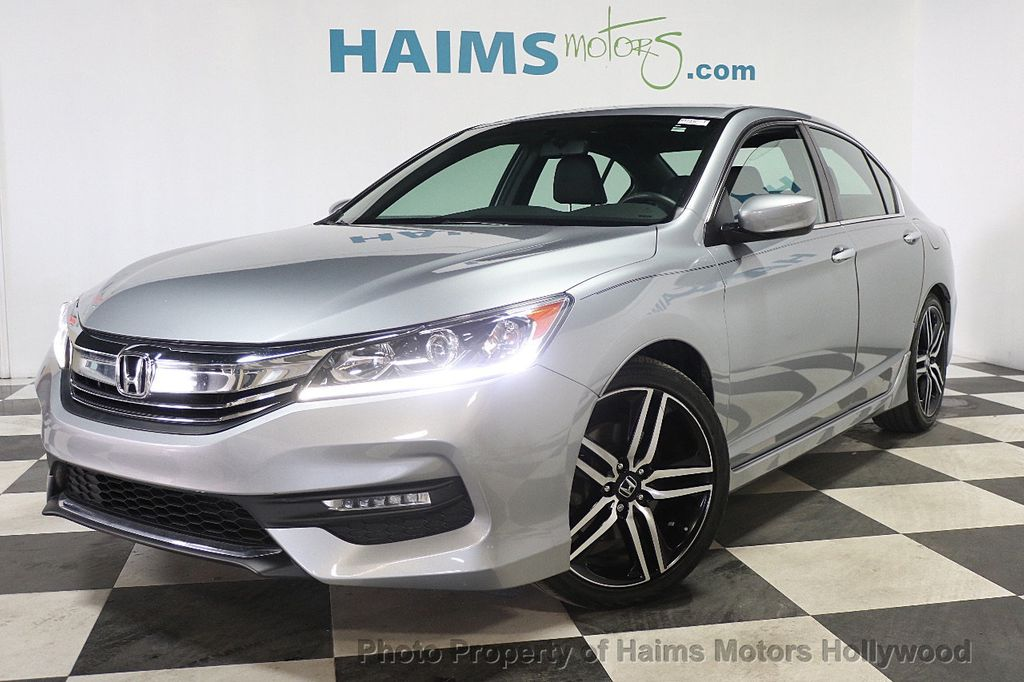 2017 Honda Accord Sedan Sport CVT - 17925329 - 1
