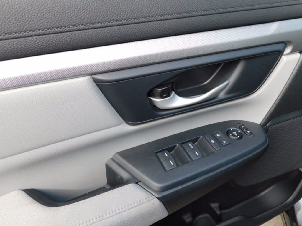 2017 Honda CR-V LX AWD - 16073689 - 13