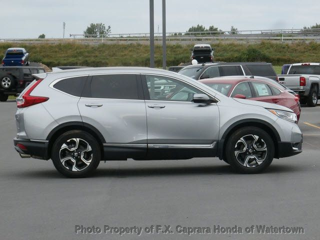 2017 Honda CR-V Touring AWD - 18006577 - 25