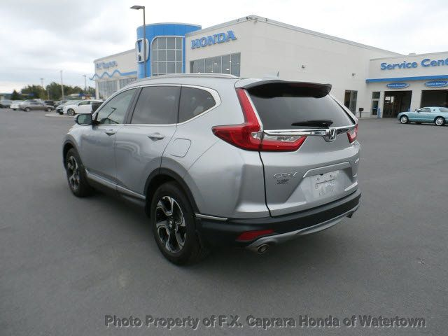 2017 Honda CR-V Touring AWD - 18006577 - 28
