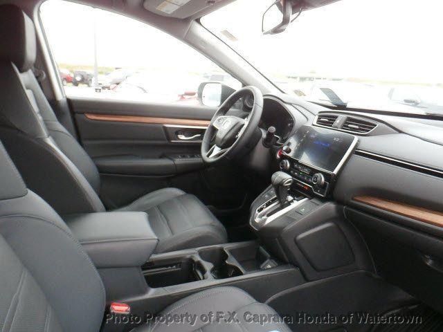 2017 Honda CR-V Touring AWD - 18006577 - 34