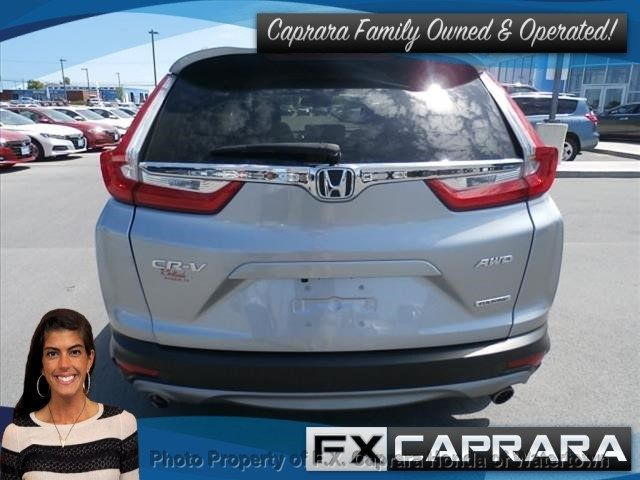 2017 Honda CR-V Touring AWD - 18006577 - 3