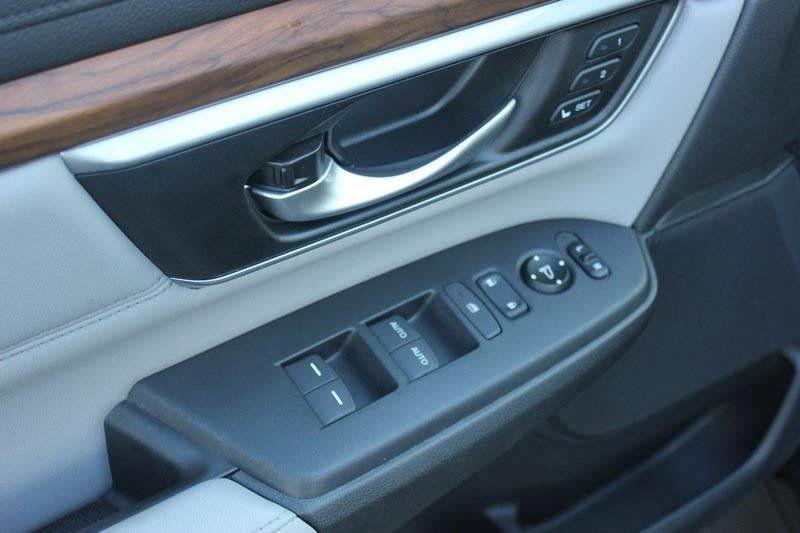 2017 Honda CR-V Touring AWD - 17931575 - 14