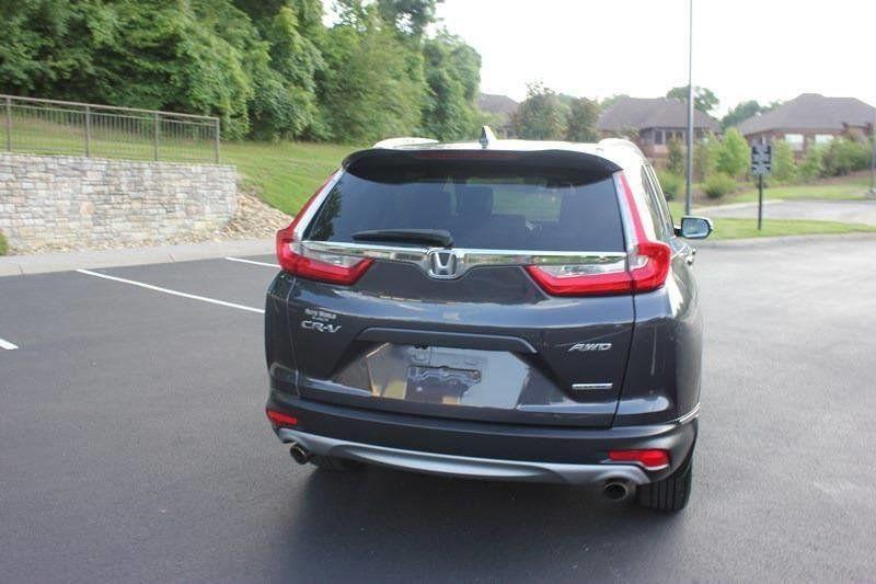 2017 Honda CR-V Touring AWD - 17931575 - 35