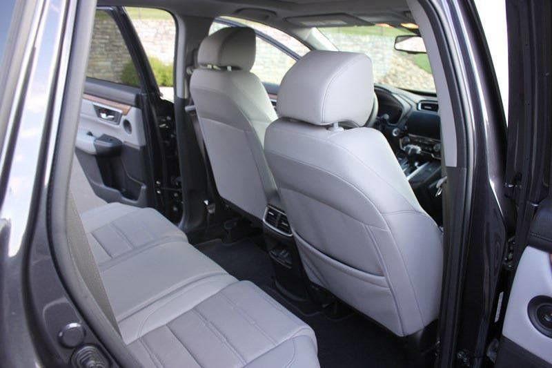 2017 Honda CR-V Touring AWD - 17931575 - 46