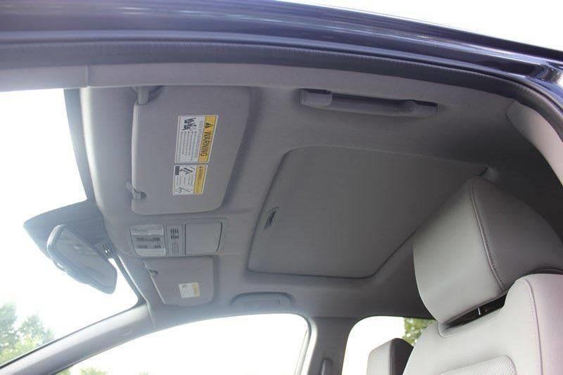 2017 Honda CR-V Touring AWD - 17931575 - 54
