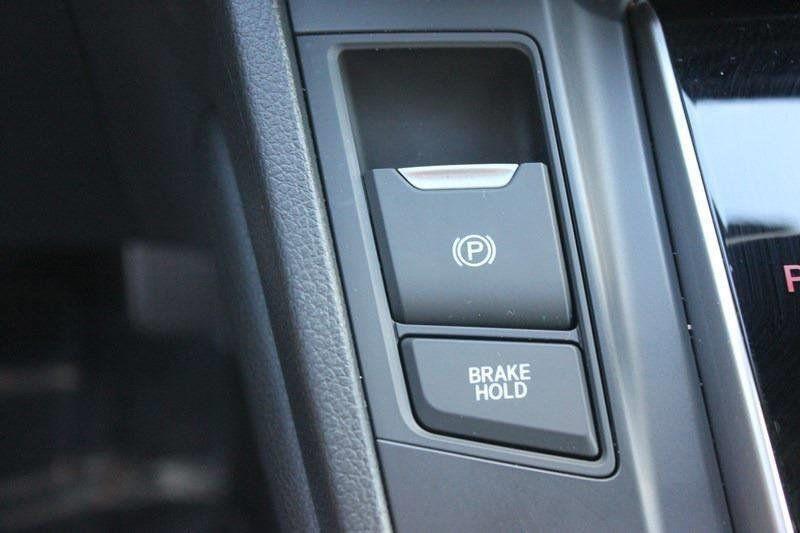 2017 Honda CR-V Touring AWD - 17931575 - 61