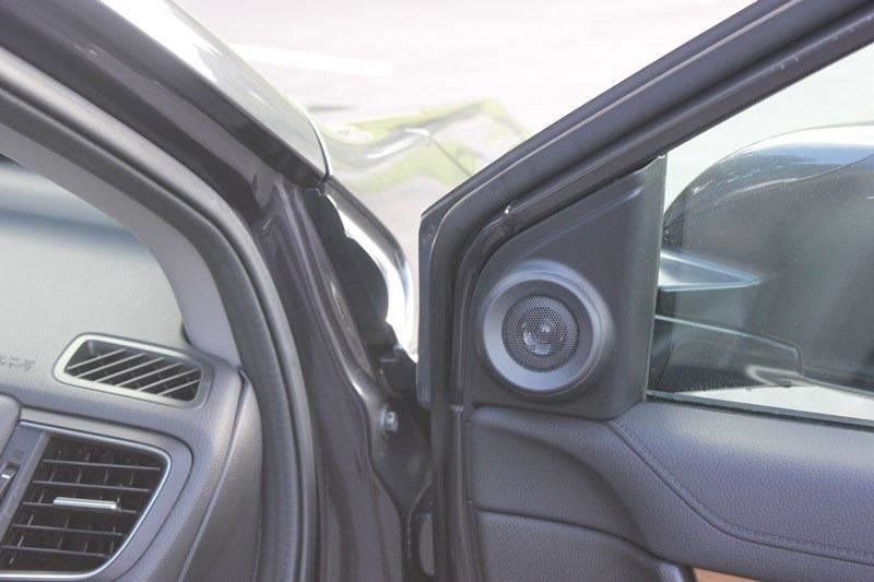 2017 Honda CR-V Touring AWD - 17931575 - 71
