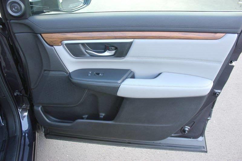 2017 Honda CR-V Touring AWD - 17931575 - 79