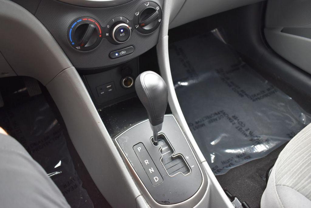 2017 Hyundai Accent  - 18663316 - 13