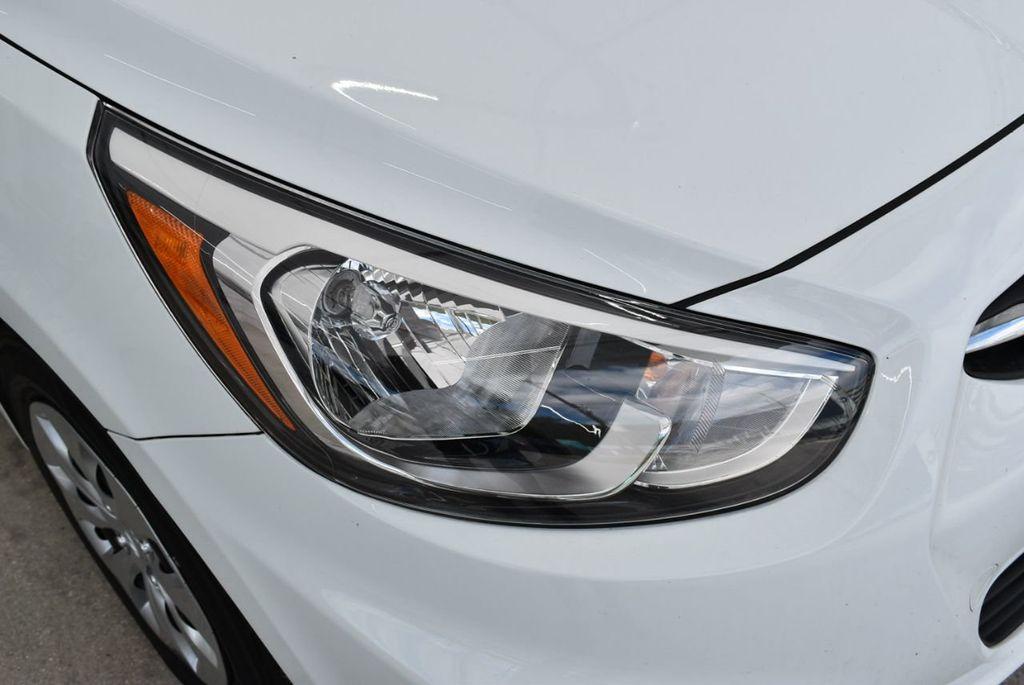 2017 Hyundai Accent  - 18663316 - 1