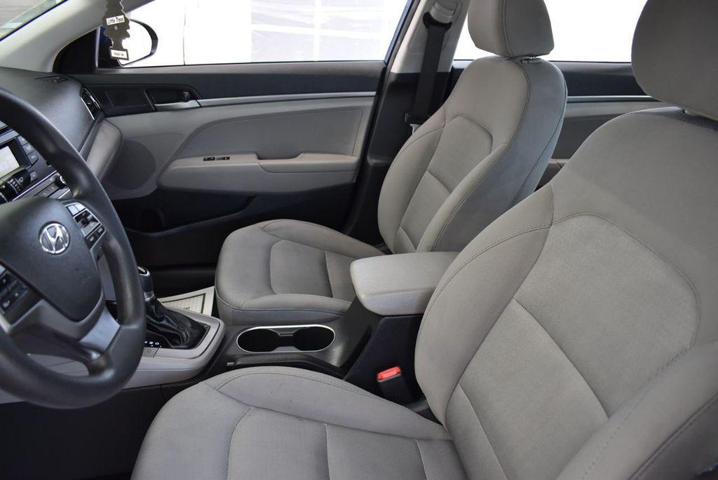 2017 Hyundai Elantra  - 18546142 - 13