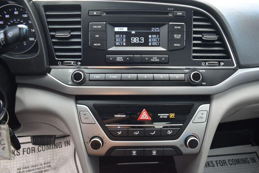 2017 Hyundai Elantra  - 18546142 - 18