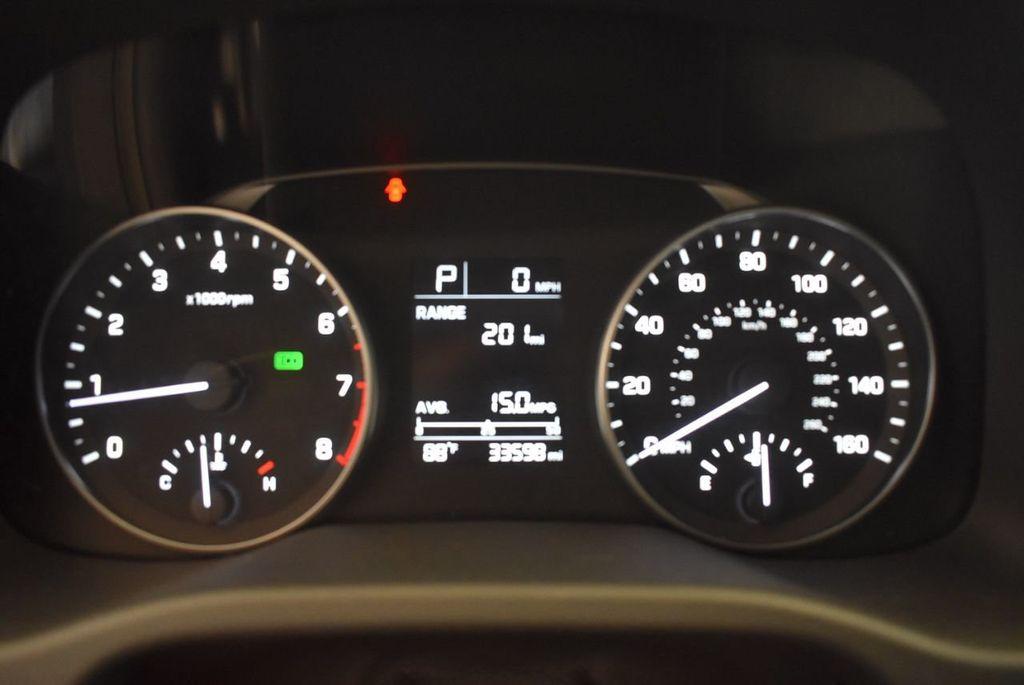 2017 Hyundai Elantra SE - 18122114 - 9