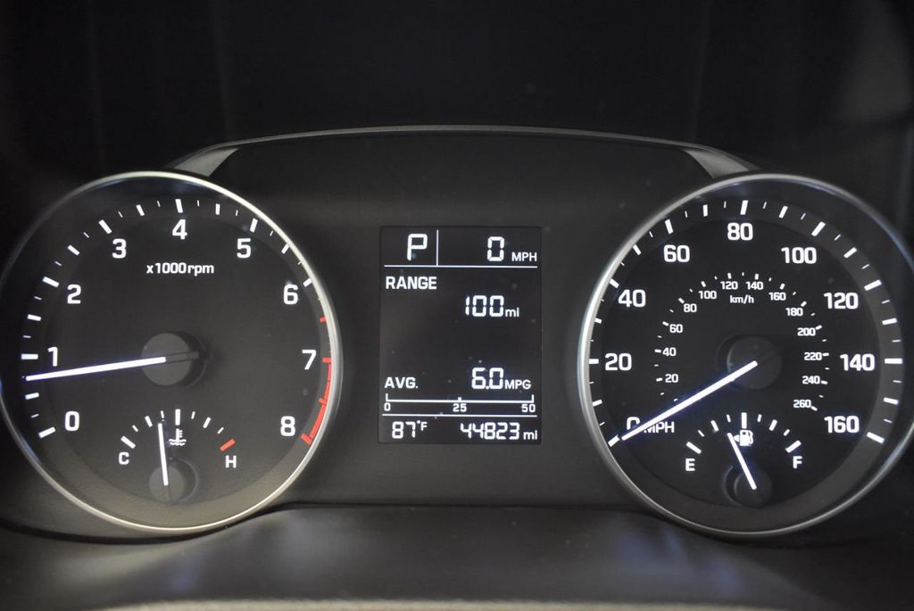 2017 Hyundai Elantra SE 2.0L Automatic - 17456975 - 16