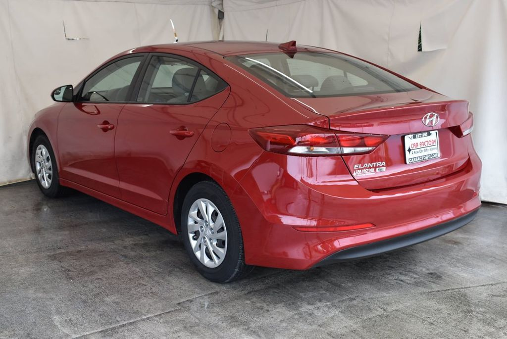 2017 Hyundai Elantra SE 2.0L Automatic - 17456975 - 5