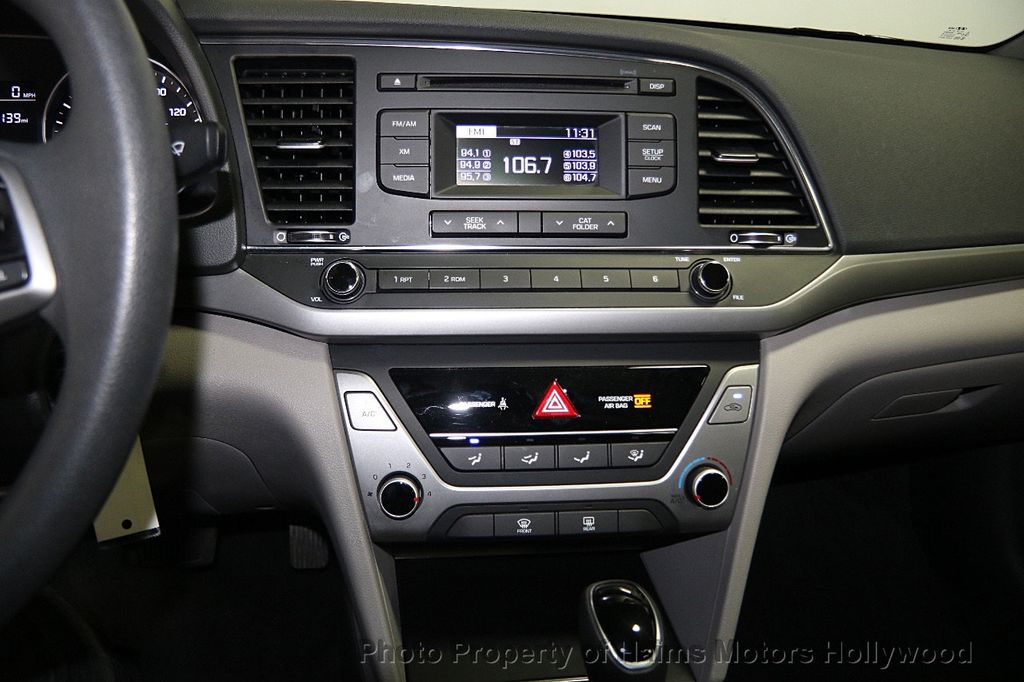 2017 used hyundai elantra se 2 0l automatic at haims motors ft lauderdale serving lauderdale. Black Bedroom Furniture Sets. Home Design Ideas