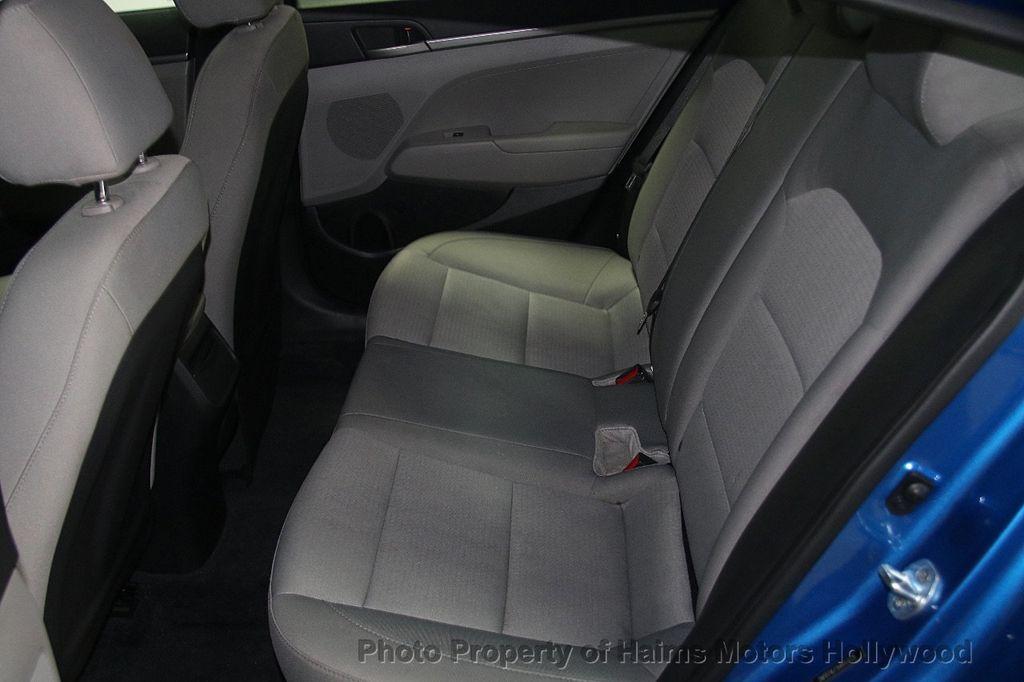 2017 Hyundai Elantra SE 2.0L Automatic - 17093687 - 15