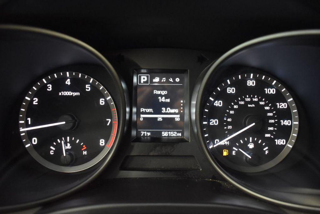 2017 Hyundai Santa Fe  - 18546205 - 17