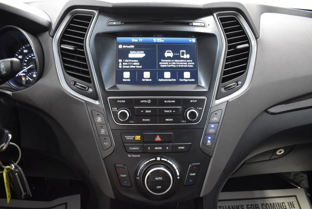2017 Hyundai Santa Fe  - 18546205 - 21