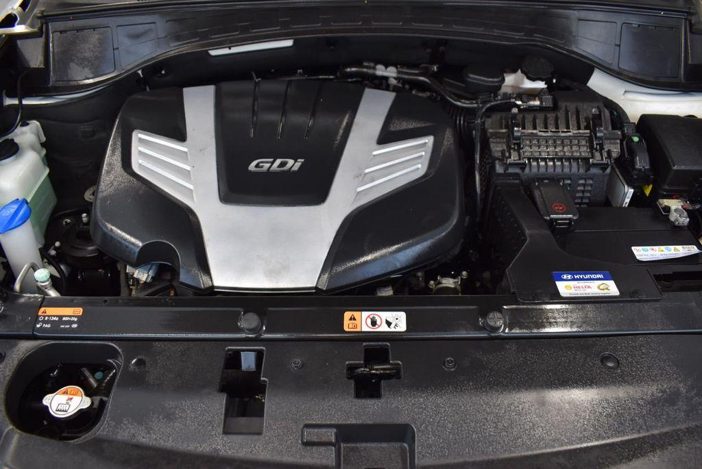 2017 Hyundai Santa Fe  - 18546205 - 27