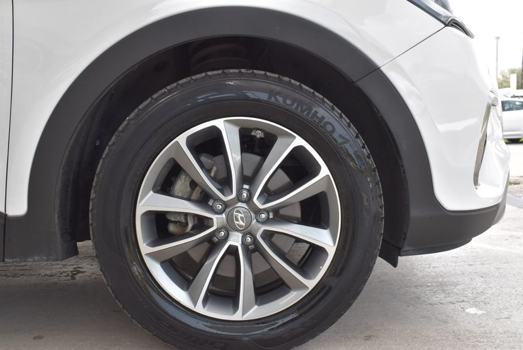 2017 Hyundai Santa Fe 6LS2 - 18432684 - 9
