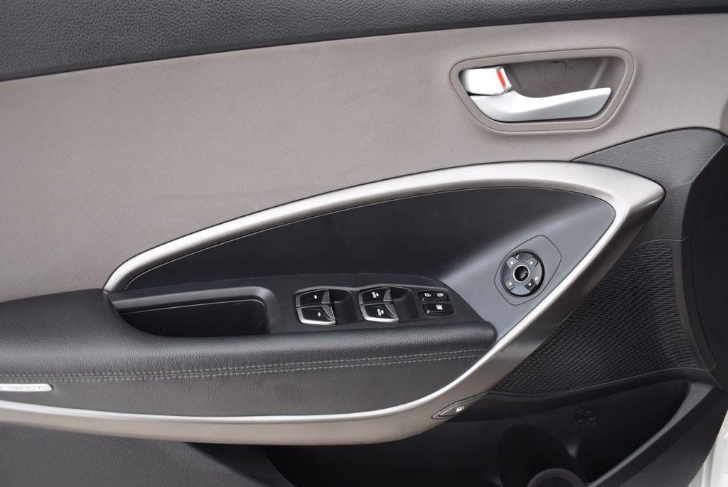 2017 Hyundai Santa Fe 6LS2 - 18432684 - 14
