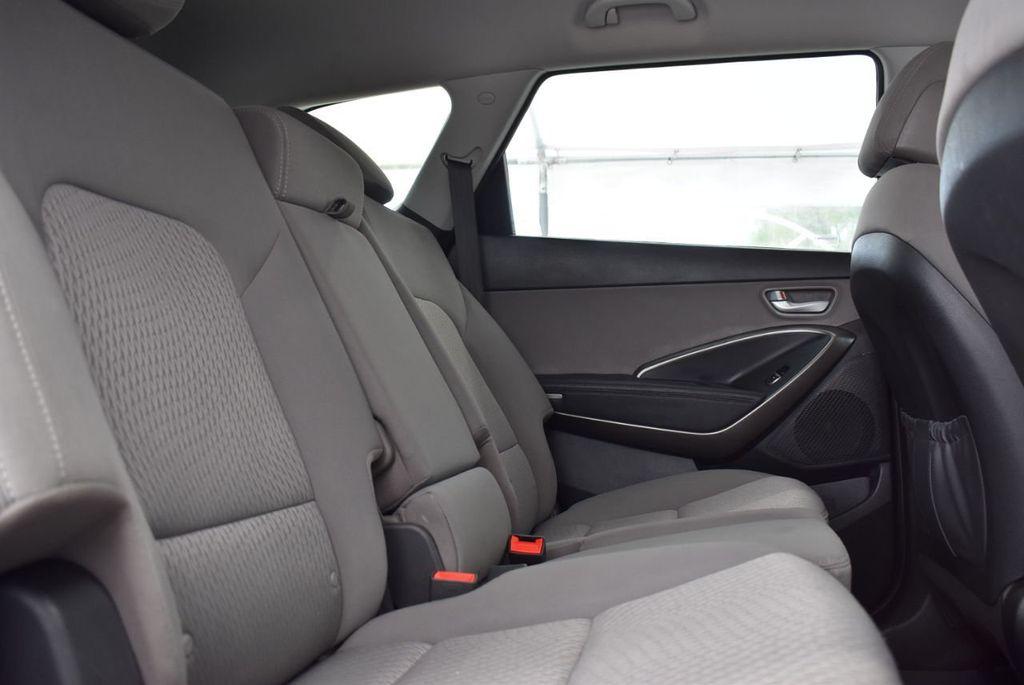 2017 Hyundai Santa Fe 6LS2 - 18432684 - 15