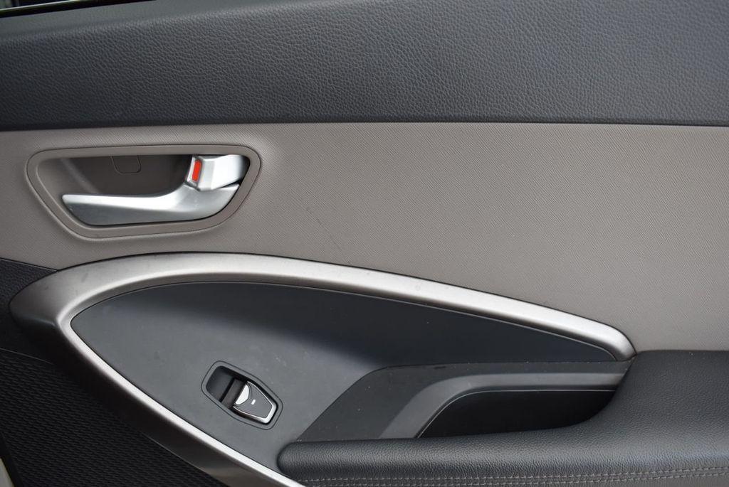 2017 Hyundai Santa Fe 6LS2 - 18432684 - 16