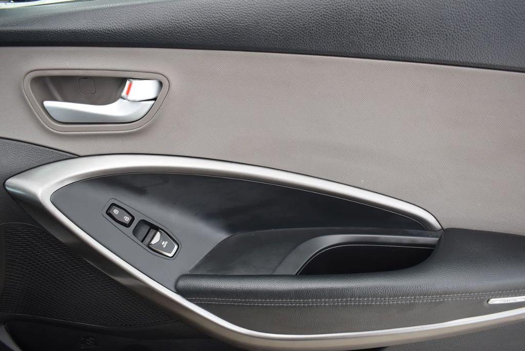 2017 Hyundai Santa Fe 6LS2 - 18432684 - 18