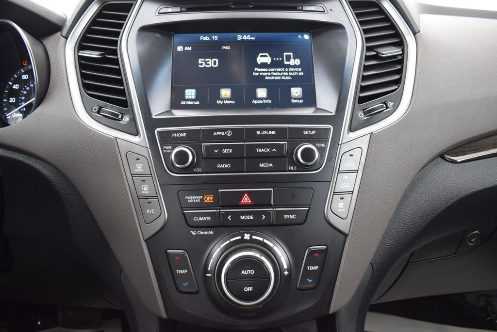 2017 Hyundai Santa Fe 6LS2 - 18432684 - 24